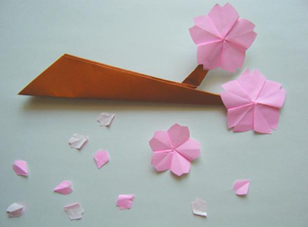 簡単 折り紙:折り紙桜の折り方-meeetan.com